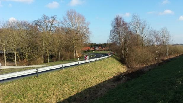 Bundessttraße zwischen Oldenburg und Elsfleth
