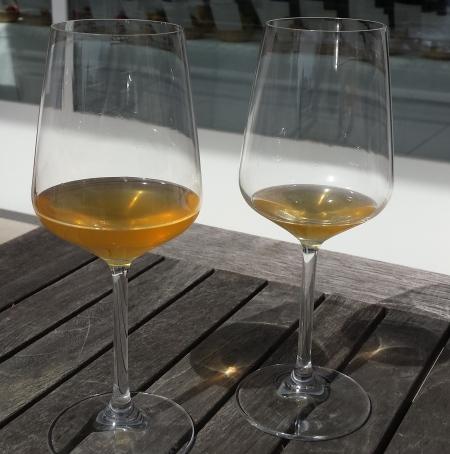 Gläser mit Apfelwein