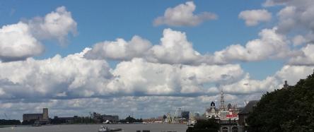 Himmel über Antwerpen