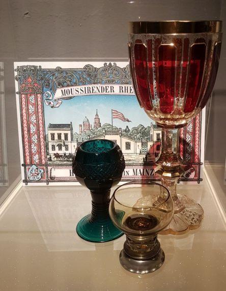 Historische Weinkelche