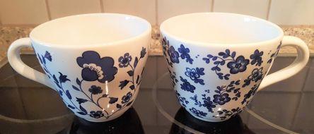 Tassen, blau-weiß, Ikea