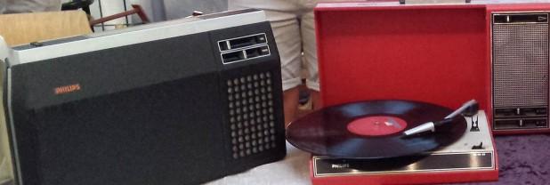 Radiorecorder und Plattenspieler