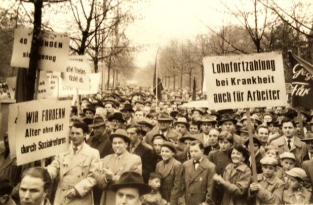 Demonstration 1. Mai, Düsseldorf, Anfang 50er Jahre