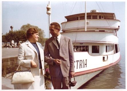 Bootsfahrt auf der Hochzeitsreise